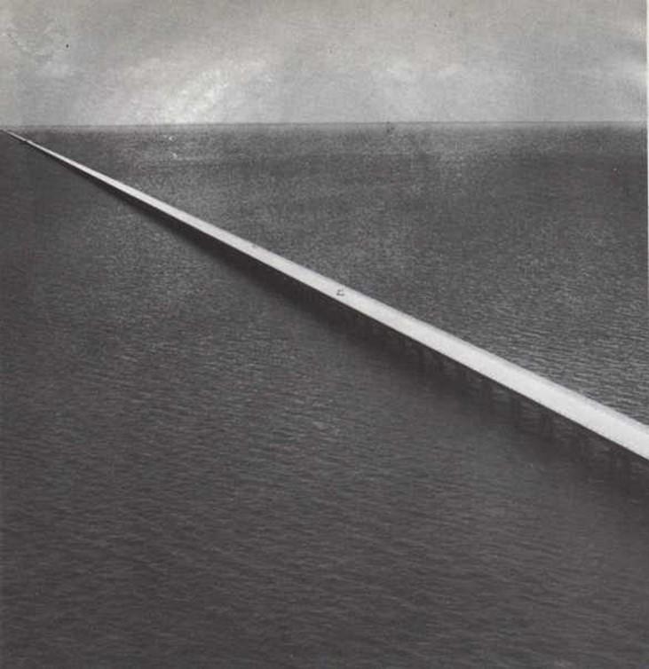 Carretera sobre el agua